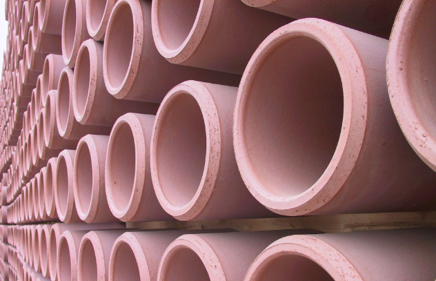 Clay And Plastic Drainage Pipes Clay And Plastic